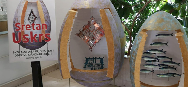 Uskršnja jaja u atriju županije